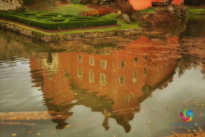 Zamek Cervena Lhota tour